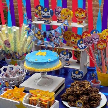 Mesa de dulces Luchadores